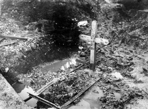 Grave of an unknown British soldier, Thiepval, September, 1916